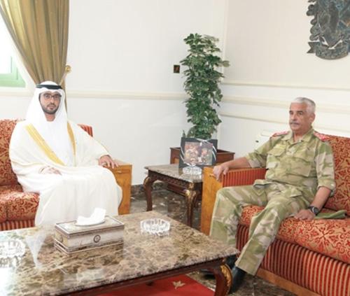 Bahrain National Guard Commander Receives UAE Ambassador