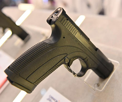 CARACAL Unveils New Pistol, Semi-Automatic Rifle at IDEX 2021