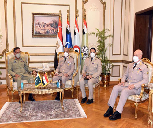 Chairman of Pakistan's Joint Chiefs-of-Staff Committee Visits Egypt, Jordan