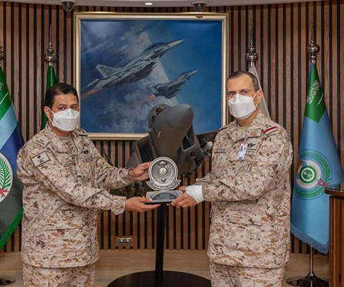 Commander of Saudi Air Forces Honors Pilot for 2nd Highest Typhoon Flying Hours