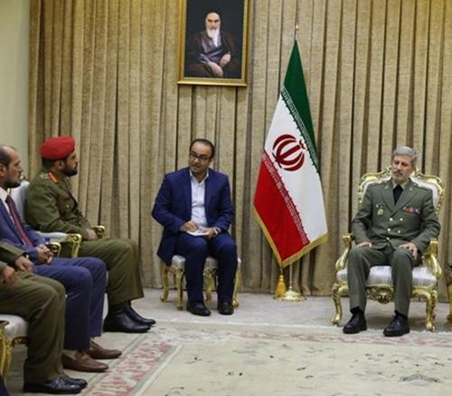Deputy Commander of Royal Army of Oman Visits Iran