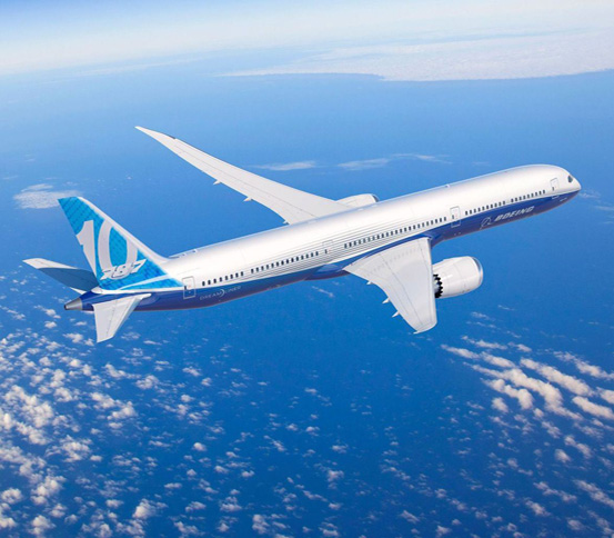 Emirates Commits for 40 Boeing 787-10 Dreamliners