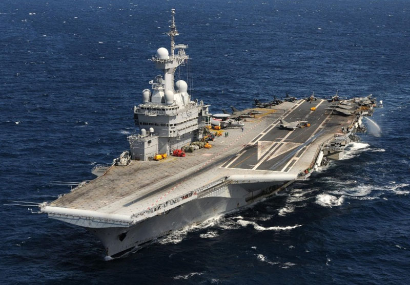 French, International Aircraft Carriers to Join Fight Against ISIL