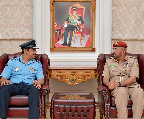 Head of Oman's National Defense College Receives Indian Delegation