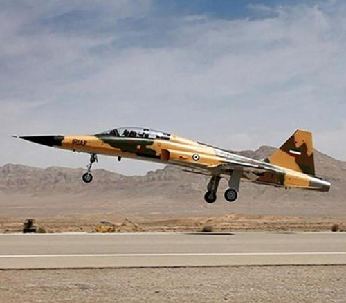 Iran Ready to Export Fighter Jets, Training Aircraft