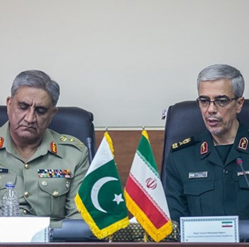 Iranian Chief-of-Staff Receives Pakistani Counterpart