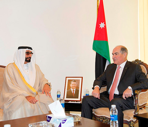 Jordan's Defense Minister Meets Counterparts at SOFEX