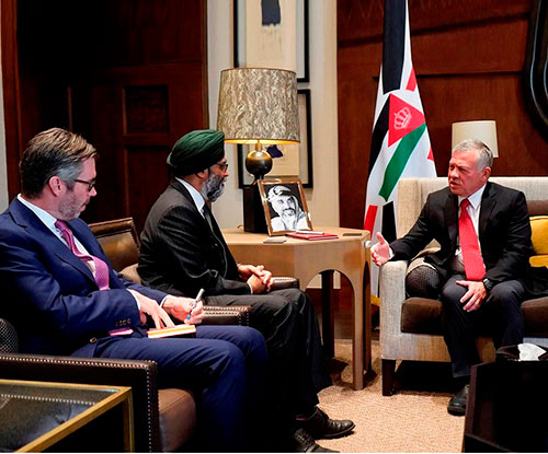 Jordanian King Receives Canada's National Defense Minister