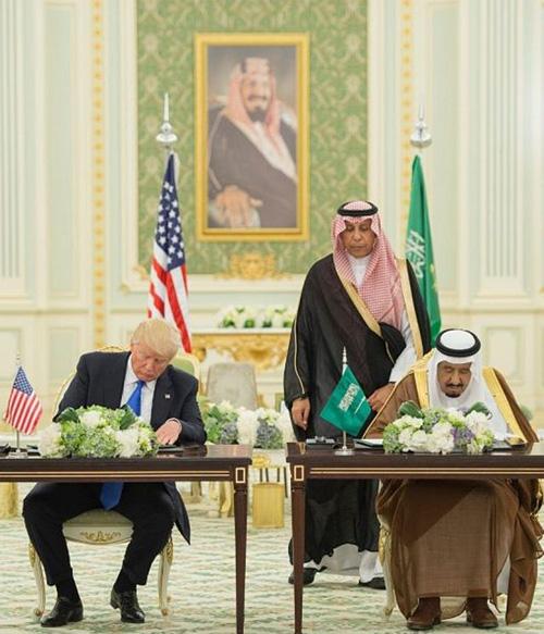 Saudi Arabia, US Sign Historic $110 Billion Defense Deal