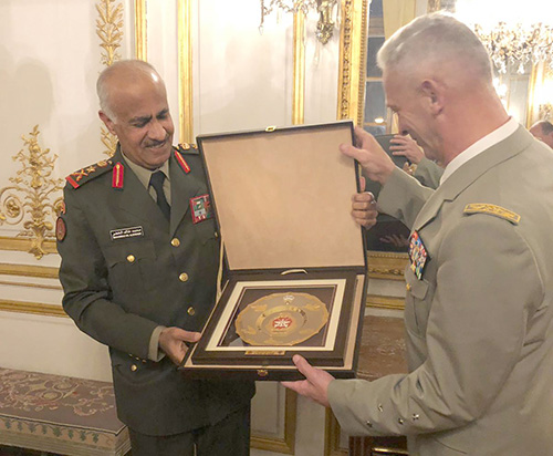 Kuwait's Army Chief Visits Military Simulation Center in France