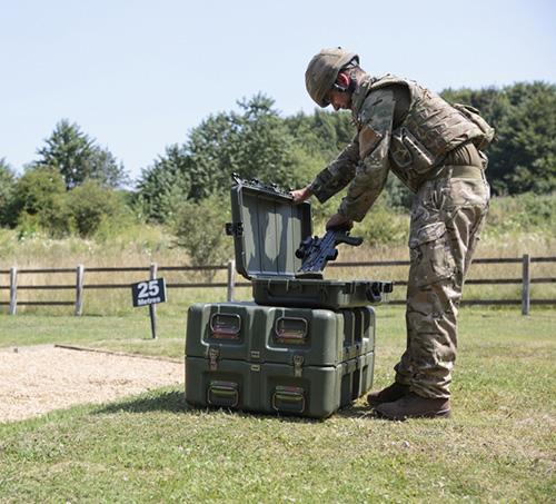Pelican Presents Smart Torches, Military Cases at EDEX