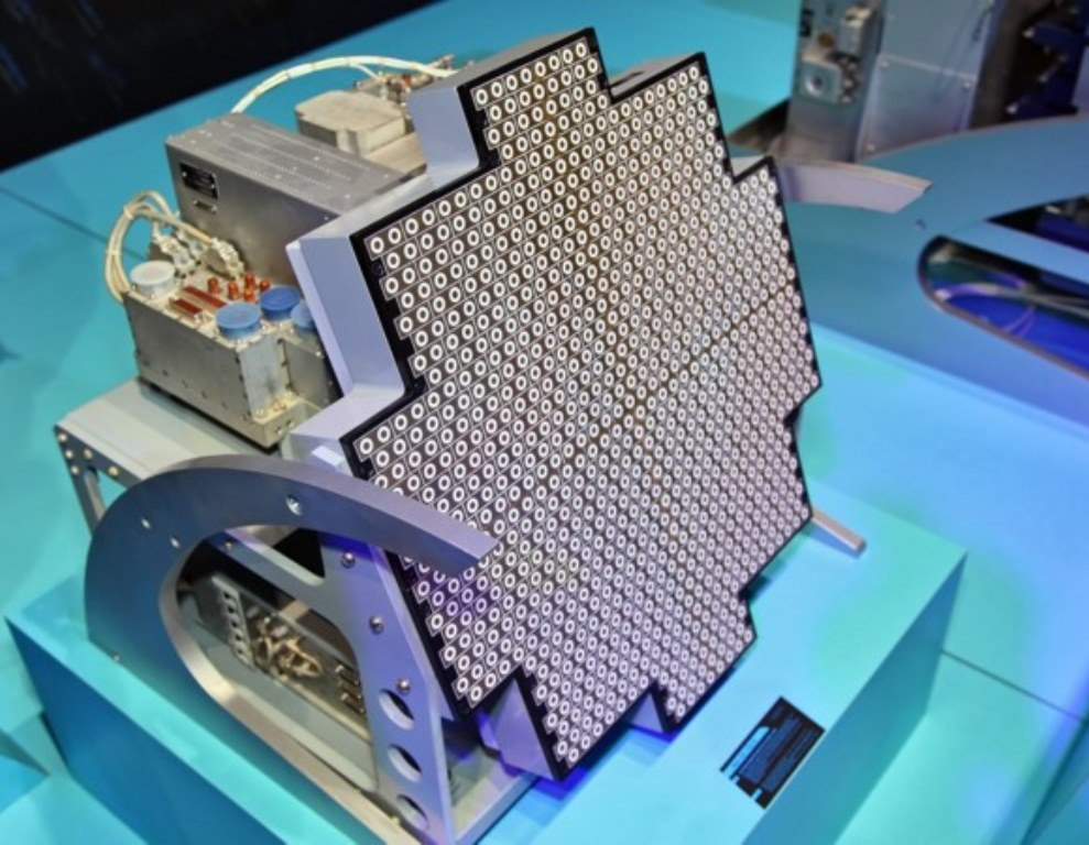 Future US, Russian, Chinese Fighters to Have Photonic Radar