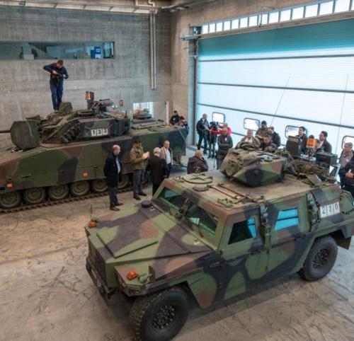 RUAG, Swiss Army Present Live Training to the Media