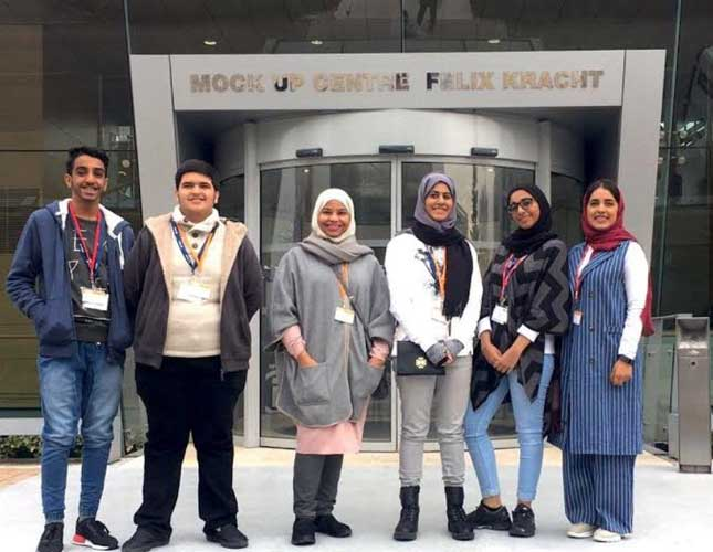 Emirati Students Get Up Close and Personal with Airbus
