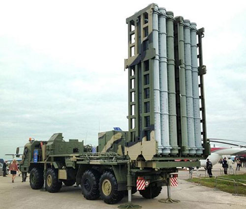Russian Troops Receive First Batch of S-350 Air Defense Missile System