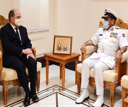 UK Defence Secretary Concludes Visit to Oman
