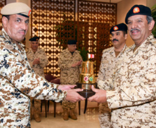 Bahrain's Commander-in-Chief Honors Winning Units