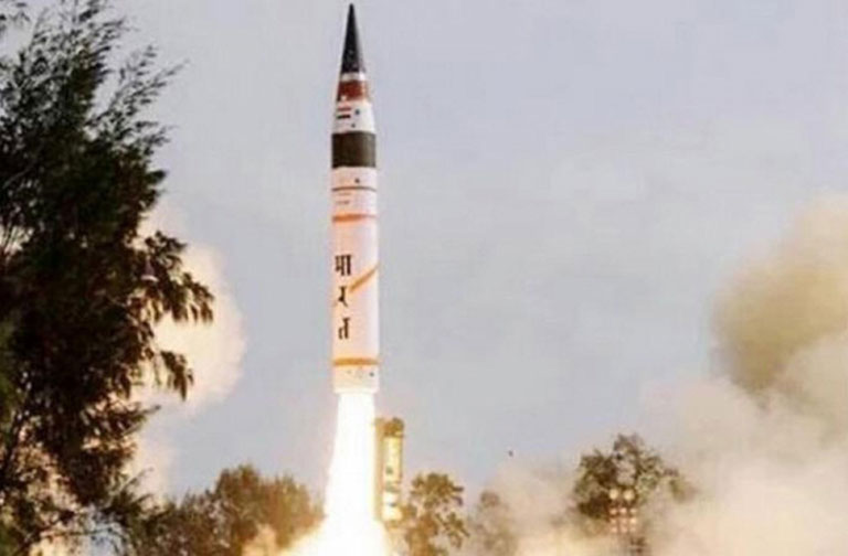 India Launches Nuclear Capable Agni-5 Missile