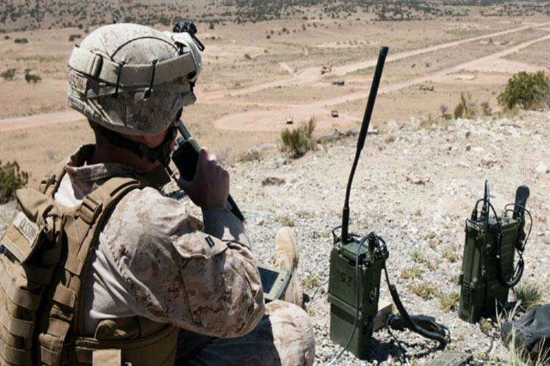 MOUNTED & DISMOUNTED SOLDIER COMMUNICATIONS