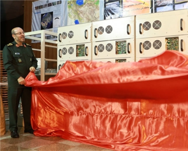 Iranian Defense Minister Unveils 3 New Home-Made Products