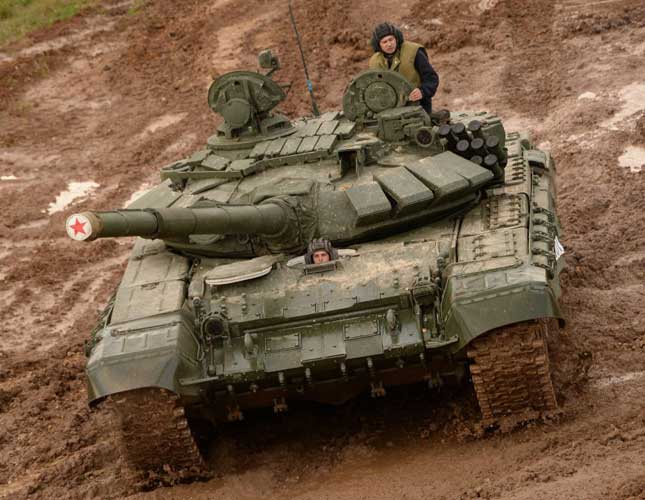 "Armata's ""Electronic Brain"" to be Fitted to T-72, T-74 Tanks"