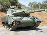 25 Turkish Tanks Hold Exercises near Syrian Border