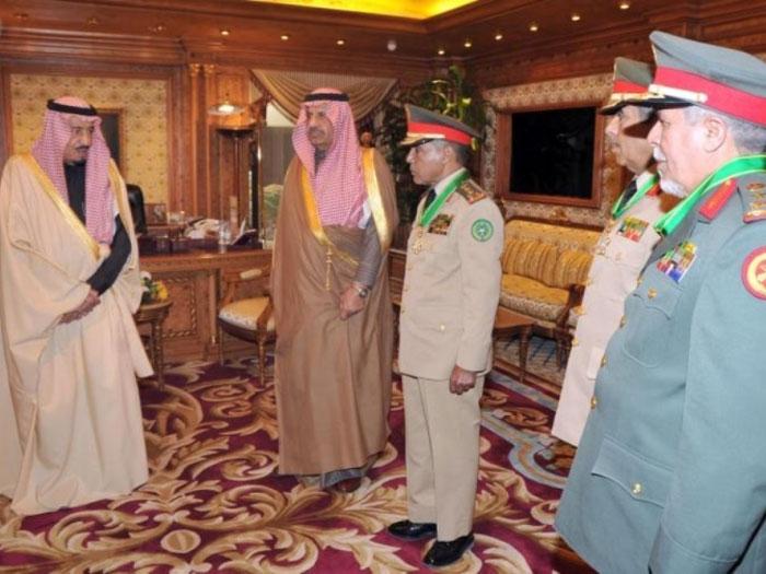 Prince Salman Decorates Senior Saudi Commanders