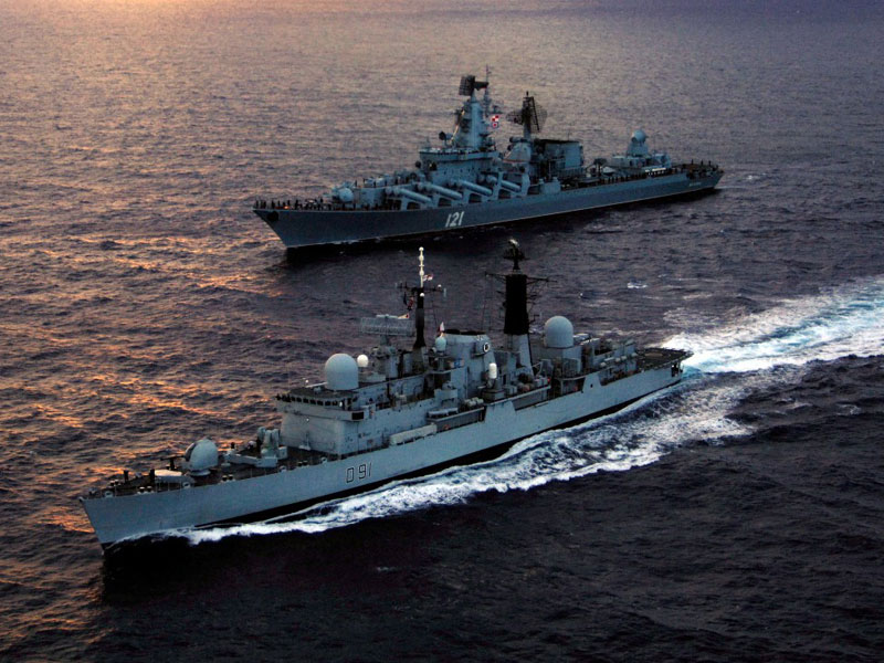 Russia May Deploy 10 Warships in Mediterrranean