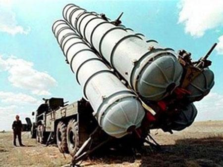 """Rosoboronexport: """"No S-300 Substitute for Iran"""""""