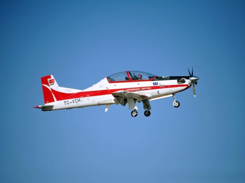 Turkish Basic Trainer HÜRKUŞ Continues Test Flights