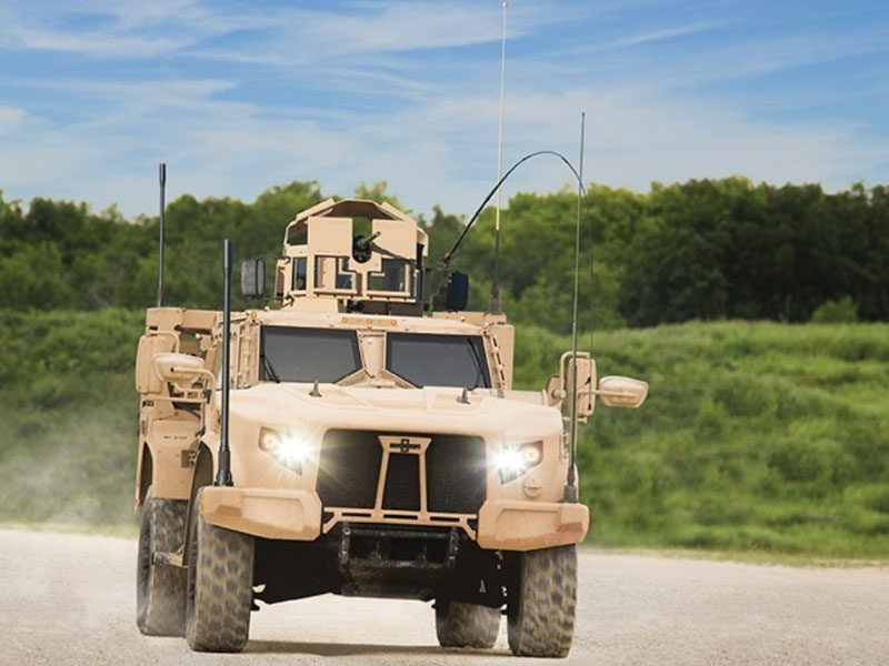 Oshkosh Defense Demos its Winning JLTV Solution at AUSA