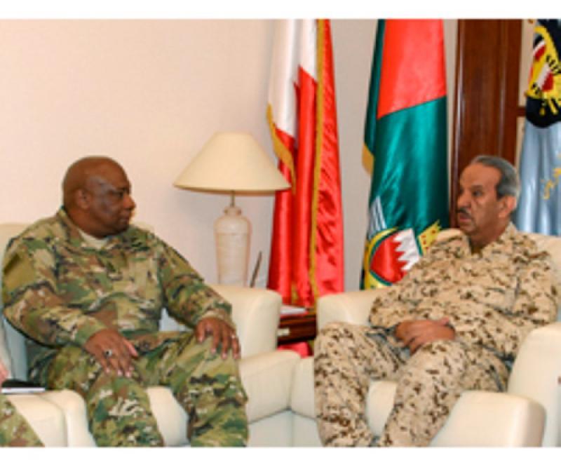 Bahrain's Commander-in-Chief Receives DSCA Director