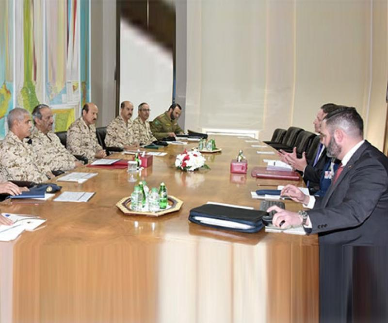 Bahrain's Commander-in-Chief Receives VP of Raytheon IDS