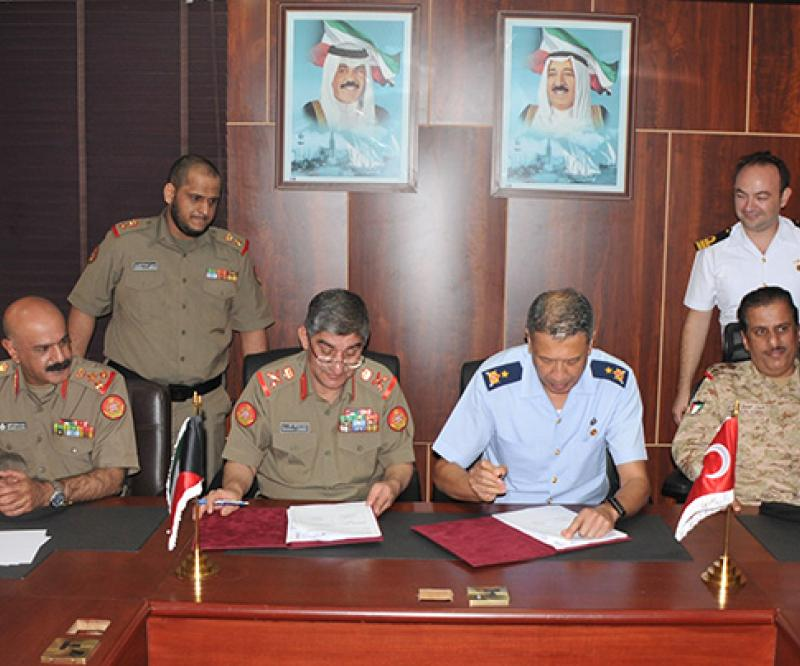 Kuwait, Turkey Sign Defense Cooperation Plan for 2019