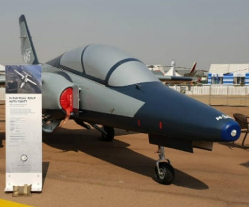 Leonardo, Paramount Group to Cooperate on Weaponized M-345 Jet