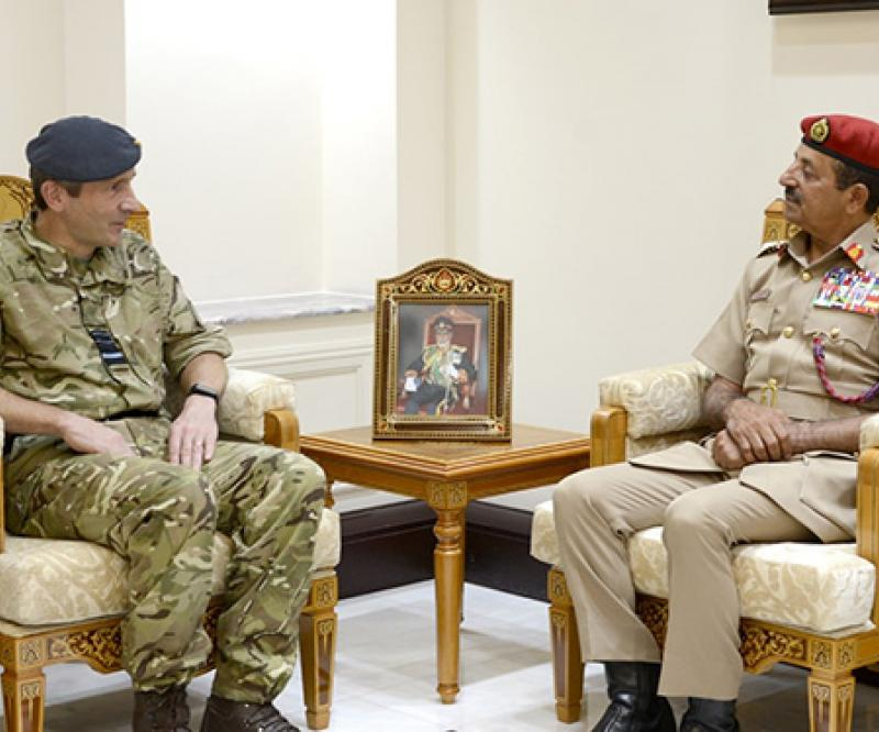 Oman's Chief-of-Staff Receives British Military Official