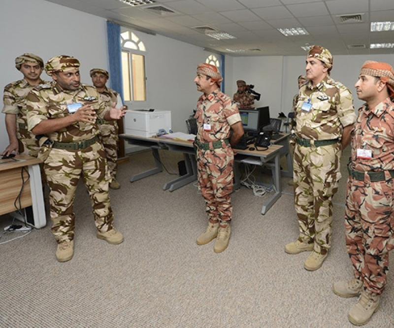 Omani Commanders Inspect Readiness for Joint UK Drills