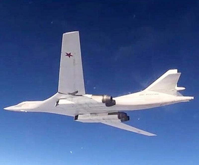 Russian Strategic Tu-160 Bomber Test-Fires 12 Missiles