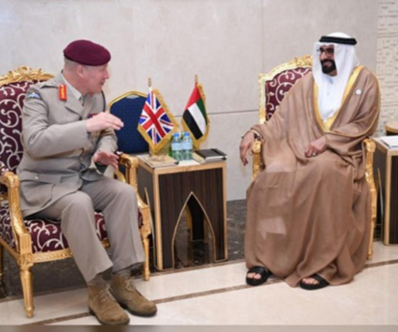 UAE Defense Minister Receives British Defense Senior Advisor