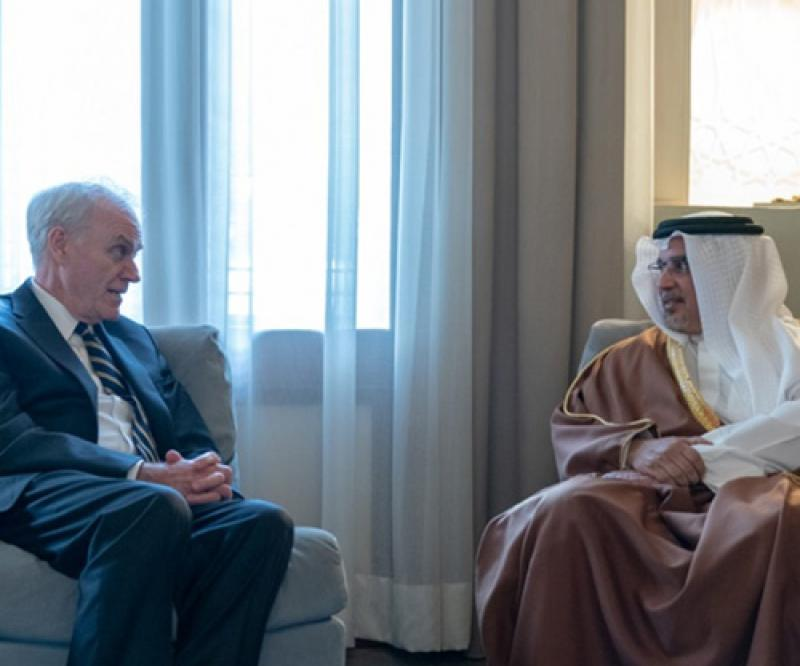 US Secretary of the Navy Meets Top Bahraini Officials