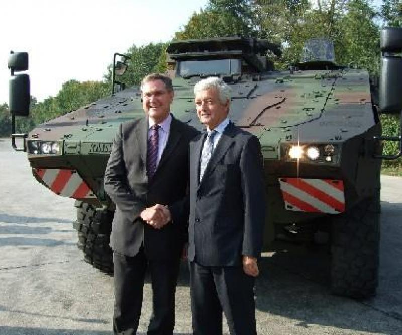 Rheinmetall and Krauss-Maffei Wegmann hand over first serially produced Boxer vehicle