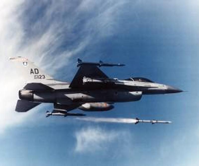 Kuwait, Morocco, Jordan Purchase Raytheon AMRAAM