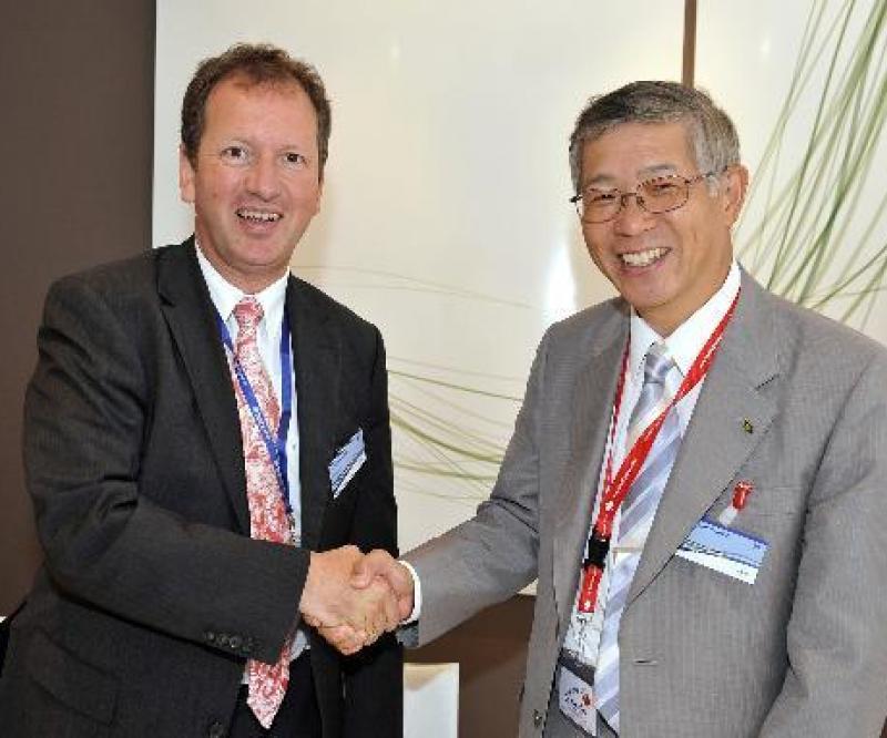 Eurocopter & Kawasaki Extend Cooperation
