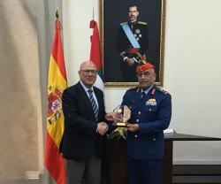 UAE, Spain Discuss Defense Cooperation Ties