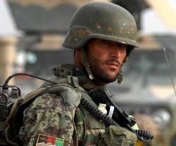 Afghanistan Seeks Iran's Help to Train Armed Forces