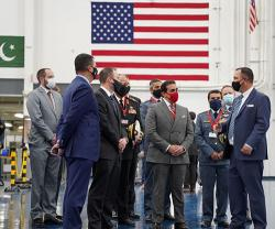 Bell Hosts Bahrain Delegation to Mark Production of AH-1Z Viper Attack Helicopters