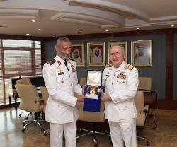 Commanders of UAE, Pakistan Naval Forces Discuss Cooperation