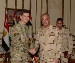 Egypt's Defense Minister Meets Head of US Central Command