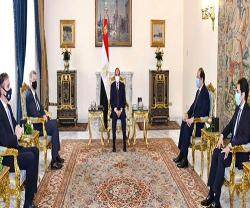 Egyptian President Receives Chief of UK's Secret Intelligent Service