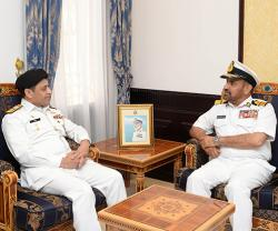 Head of Pakistan Maritime Security Agency Visits Oman